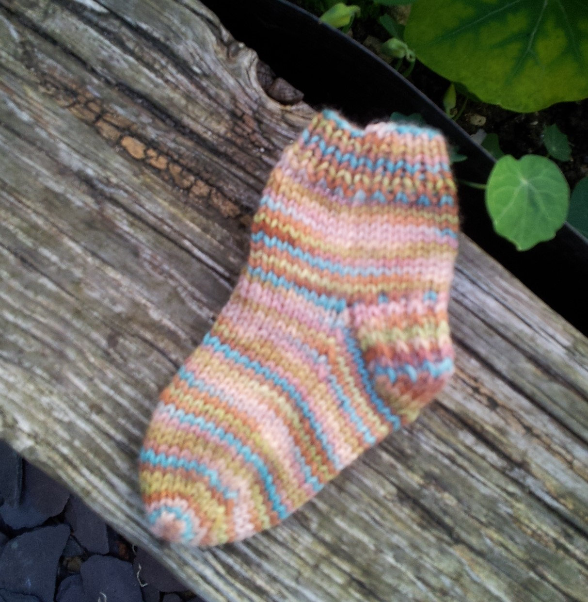 LEARNING TO KNIT SOCKS