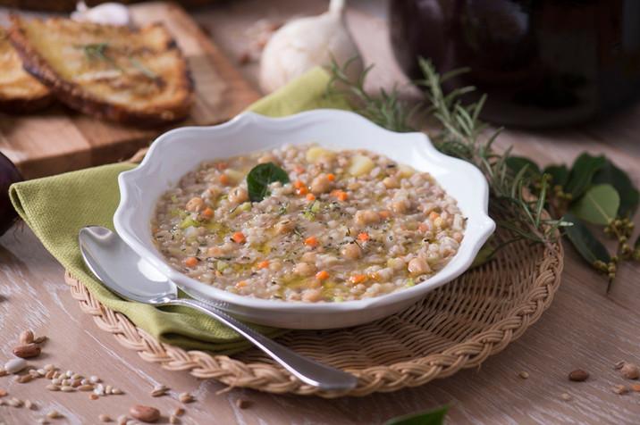4 zuppe ideali per una calda pausa pranzo