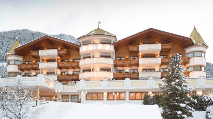 Hotel Gardena e Alpina Dolomites: due mete da sogno per un'unica vacanza.