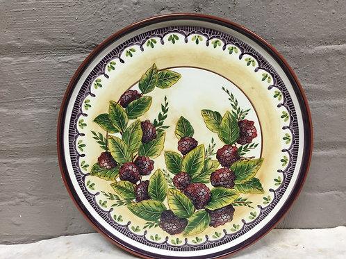 Amoras (Berries) Cake Platter