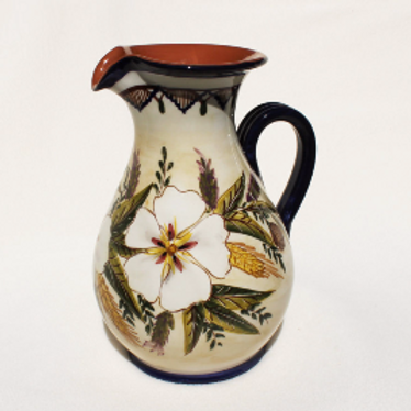 Wildflower (Flor Silvestre) Curved Pitcher