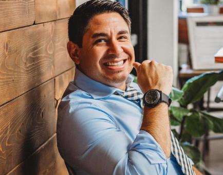Meet Dr. Carlos Garcia!