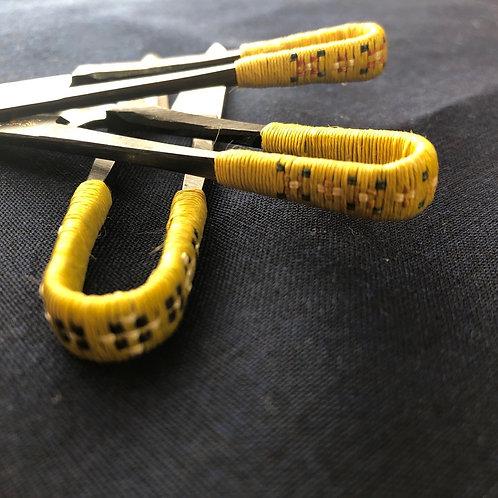 糸切りバサミ  Trimming Scissors