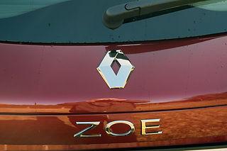 ZOE4.jpg