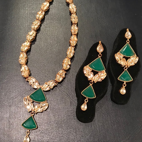 Ellen kundan and emerald necklace and earrings