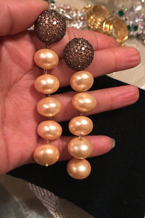 Lihn yellow pearl earrings