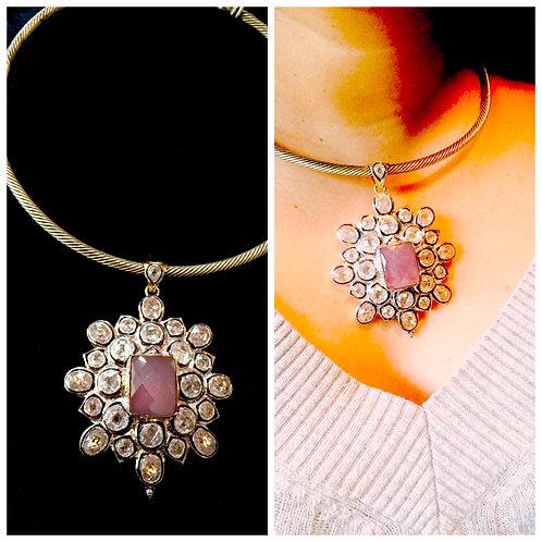 Chanell pendant