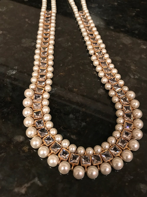 Angelina Pearls Necklace