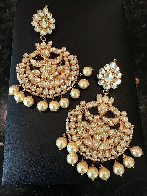 Paaro kundan chand Earrings