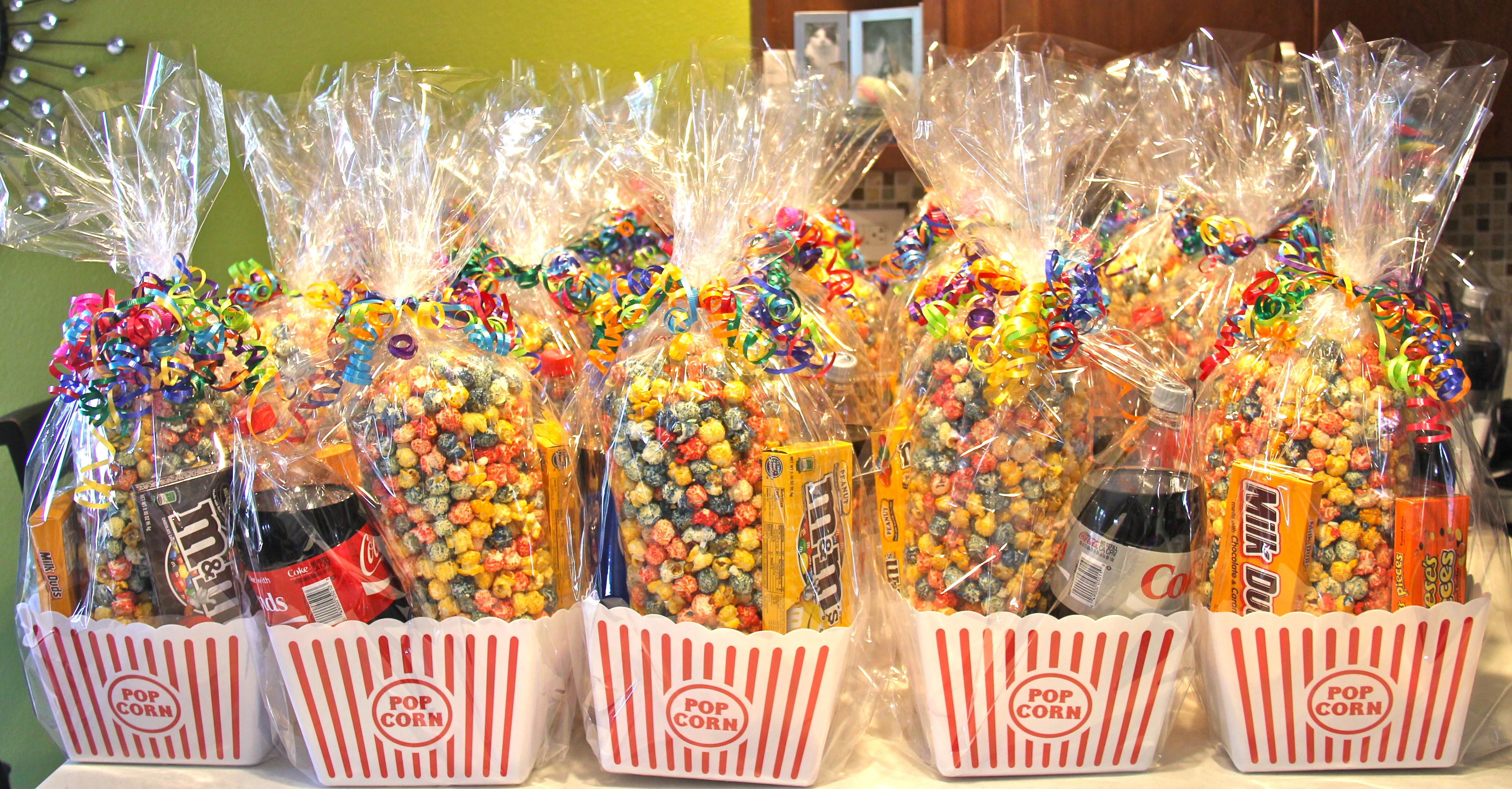 popcorn/circus centerpieces