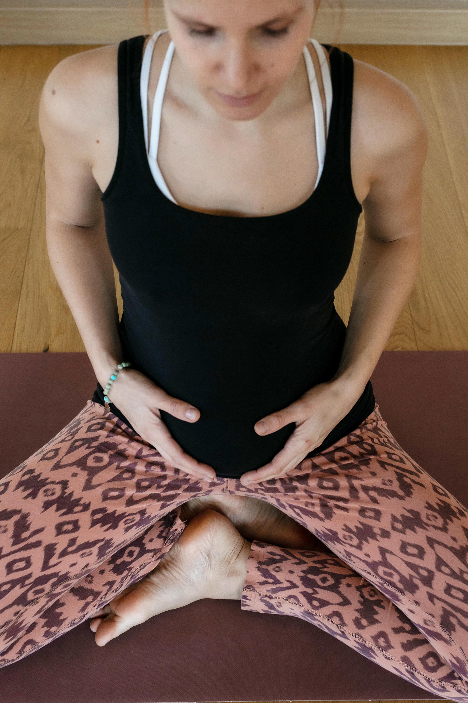 Slow Mom Yoga