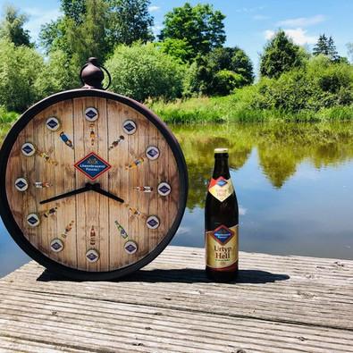 """eingereicht von Christine Seidl unter dem Motto """"Zu jeder Stunde gibt´s ein anderes Bier der Löwenbrauerei"""""""