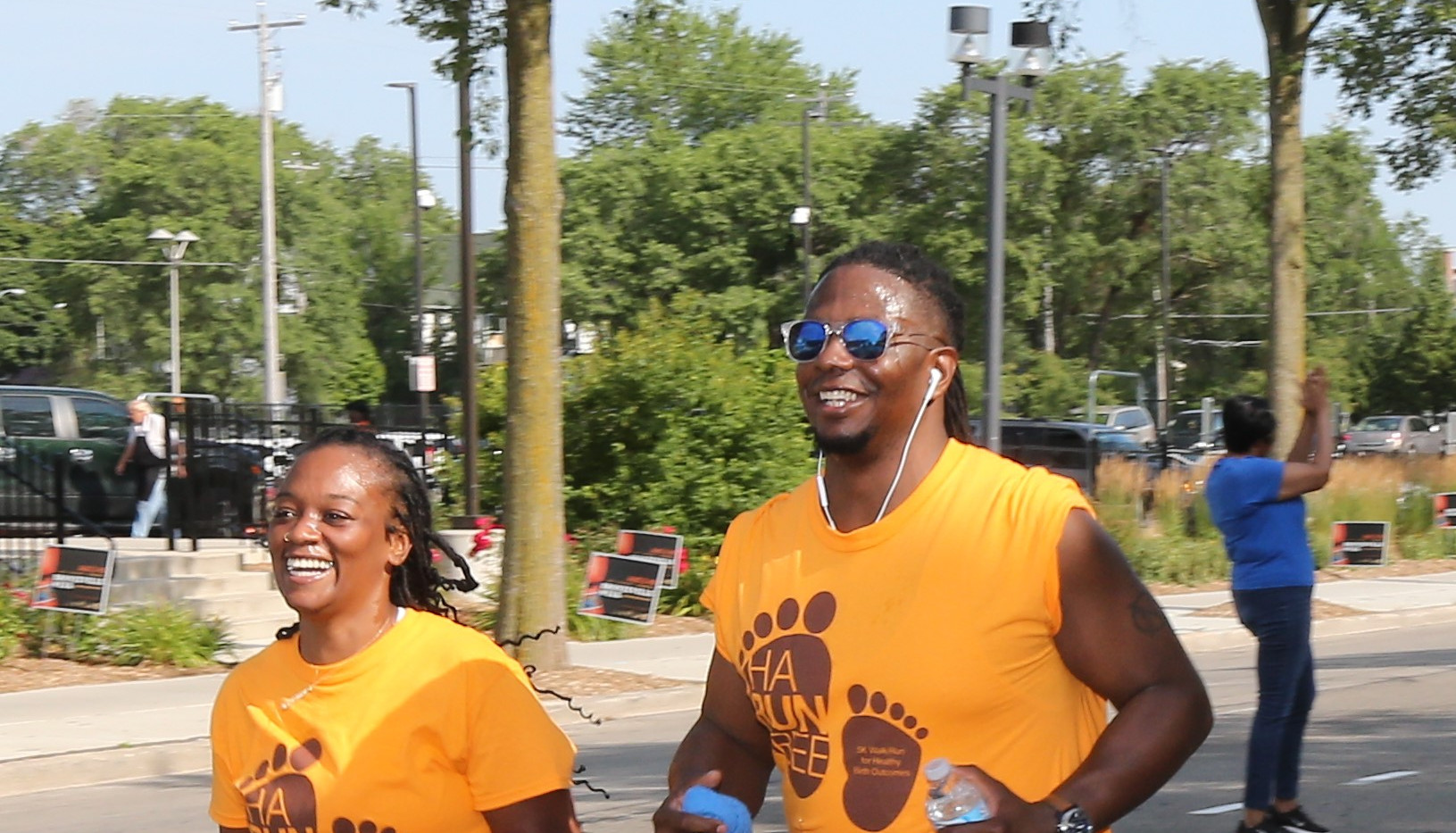 Bronzeville Week 2019-HaRUNbee Walk-Run