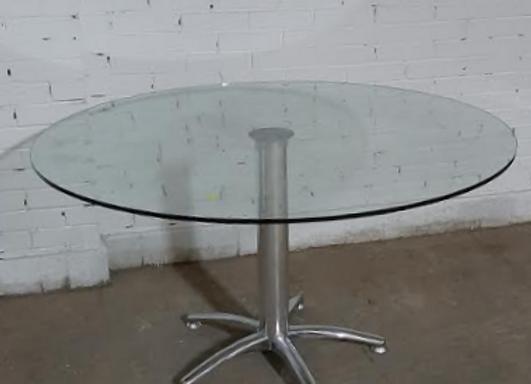 Круглый хрустальный стол SIERRA d-140см.