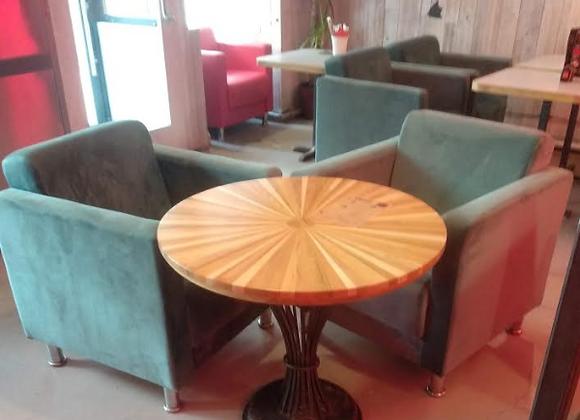 Дизайнерский стол на кованном подстолье 80см.