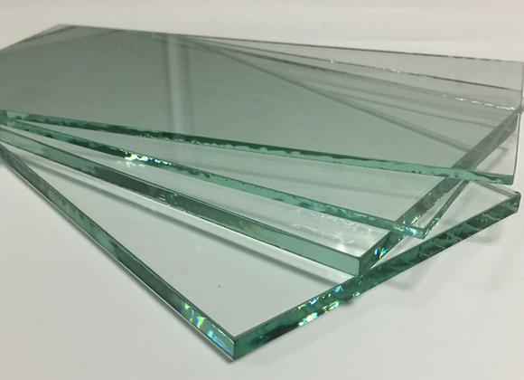Закалённое стекло с выставки от 5-18мм.(Бразилия)