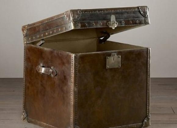 Стол приставной Ватсон RESTORATION HARDWARE (США)