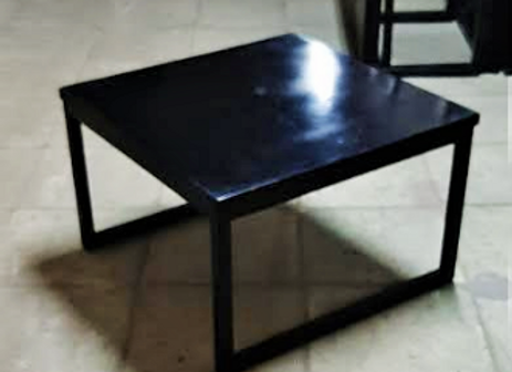 Столик кальянный чёрный 70х70х45
