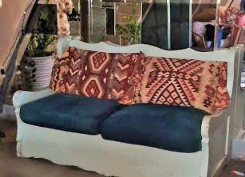"""Диван """"Сундук с подушками"""" 168 см."""