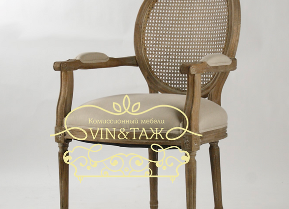 Кресло Медальон с подлокотниками