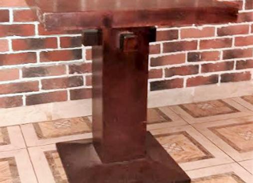 Стол массив-коньяк (70х70 см.)