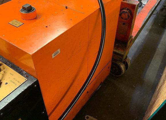 (2) Machine Oilers