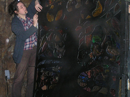 FW2014_Pooles-Cavern-installing(504)_res