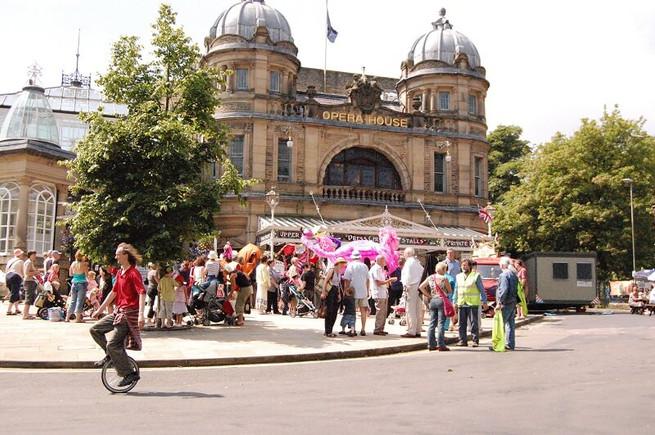 BPF2008_opening-parade(268)_res.JPG