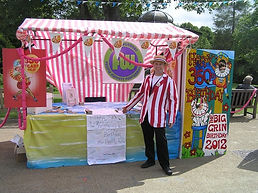Funny Wonders hosted The Big Grin Roadshow when came to Buxton in 2012 during the Buxton Puppet Festival celebrating 350 years of Punch & Judy in the UK