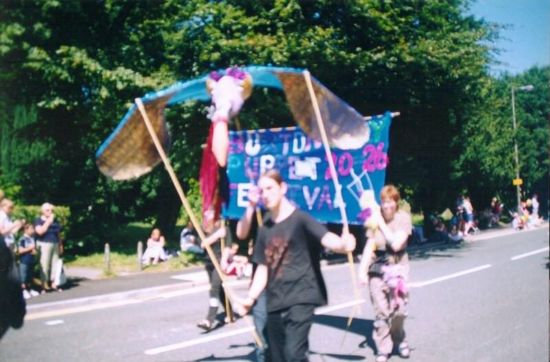 BPF2003_opening-parade(4)_res.jpg