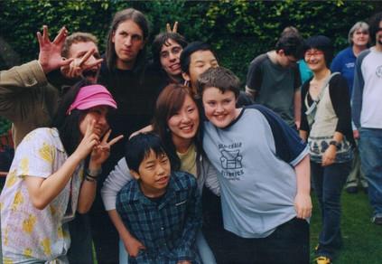 FW2005_BMS-garden-party(10)_res.jpg