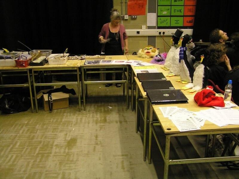 FW2010_BPF-YG-showcase-setting-up(164)_r
