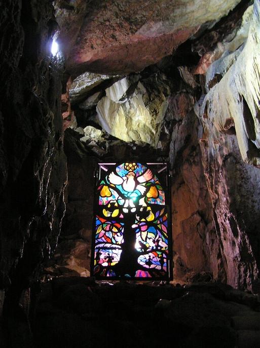 FW2014_Pooles-Cavern-cave(517)_res.jpg