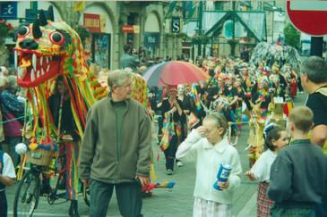 2000_massive-parade5_res.jpg