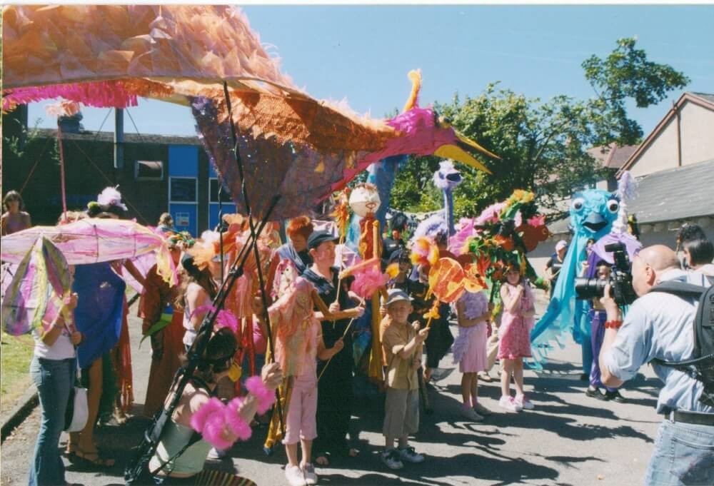 FW2006 Carnival(3)_res_comp.jpg
