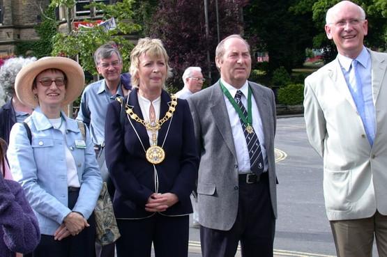 BPF2003_opening-parade(5677)_res.jpg
