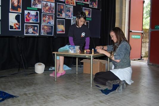 FW2010_BPF-YG-showcase-setting-up(426)_r