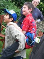 FW2005_BMS-garden-party(451)_res.JPG