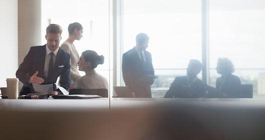 Hacemos tesis administración de empresas y negocios internacionales.