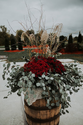 Pheasant Feathers & Mums