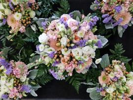 A La Carte Bridal Party Bouquets
