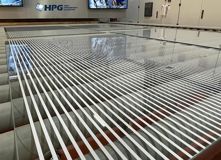 Digital glass printing using the ceramic technology