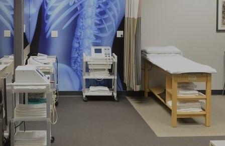 4-clinique-couloir droite - Copie.jpg