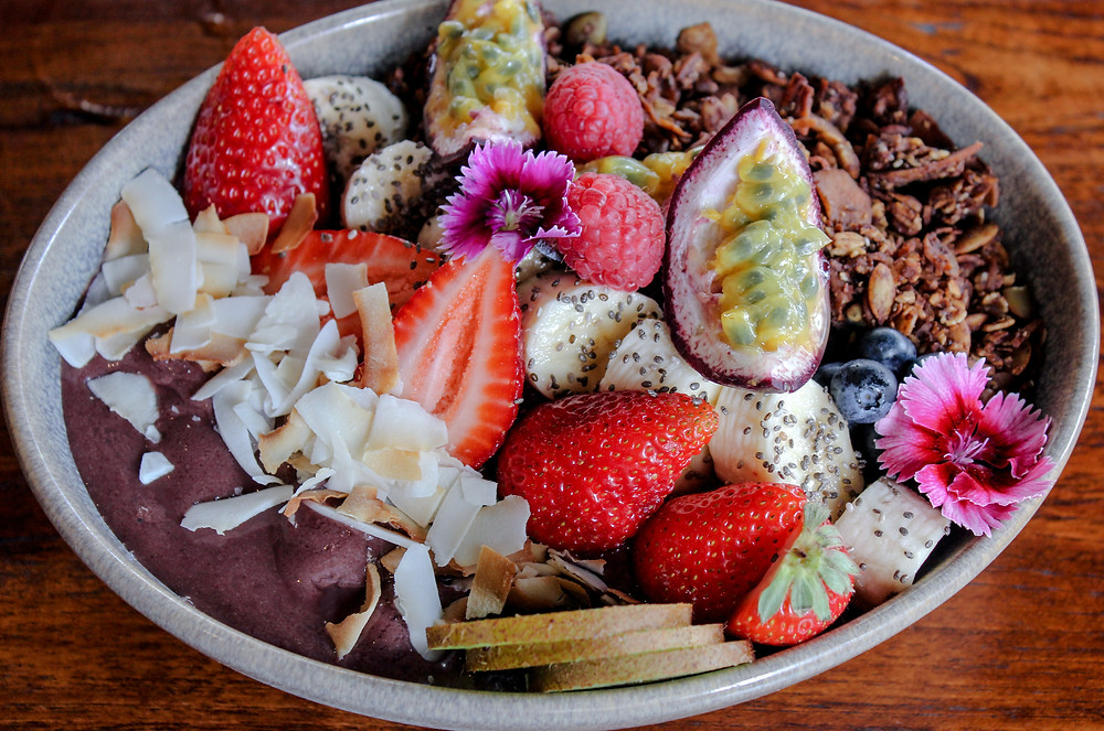 Acai Berry Bowl - healthy breakfast in Broadbeach - vegan and gluten free