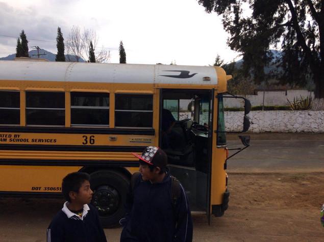 FICM Presenta en colaboración con el CEDRAM visita las comunidades.
