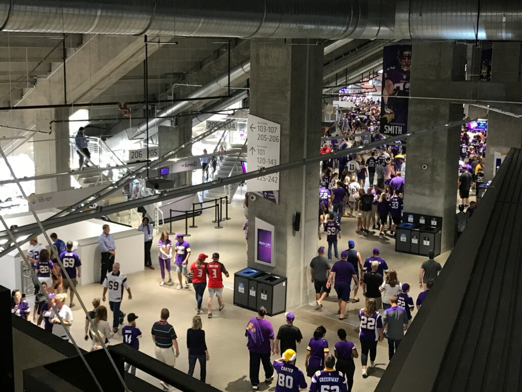 66,600 and more attend Vikings games