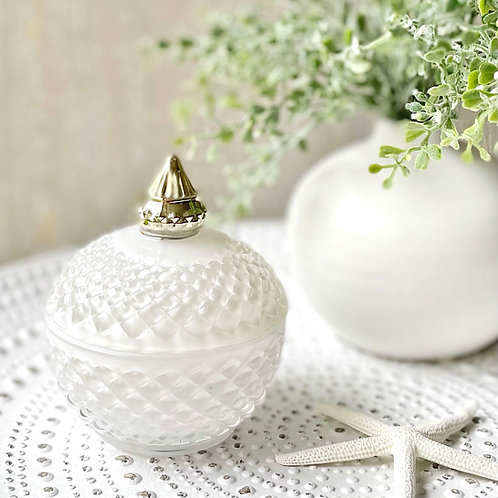 Diana Globe Soy Candle (White)