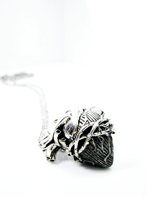 Small Heart of thorn pendant in white bronze
