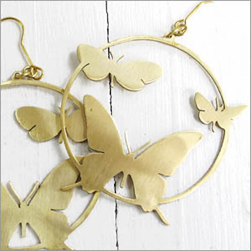 Butterfly in the circle earring in brass