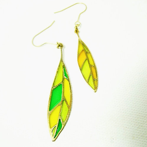 Leaf stand glass  earring in brass